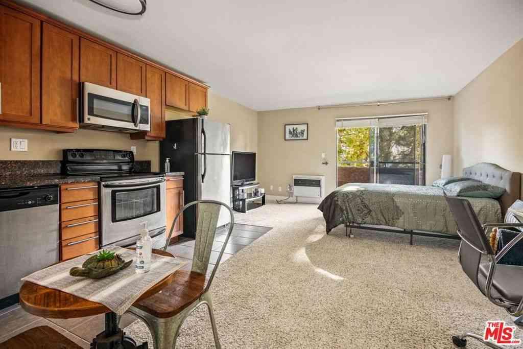 10982 Roebling Avenue #345, Los Angeles, CA, 90024,