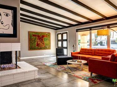 1960 E Amado Road, Palm Springs, CA, 92262,