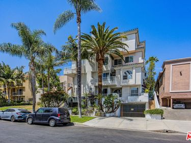 845 S Plymouth Boulevard #PH5, Los Angeles, CA, 90005,