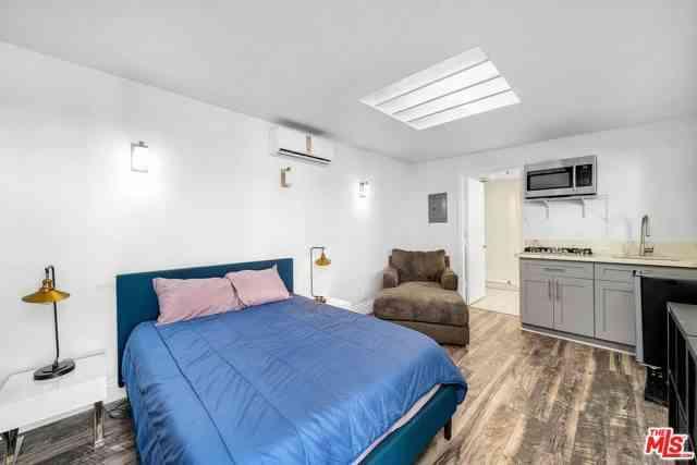 Bedroom, 1541 N Stanley Avenue, Los Angeles, CA, 90046,