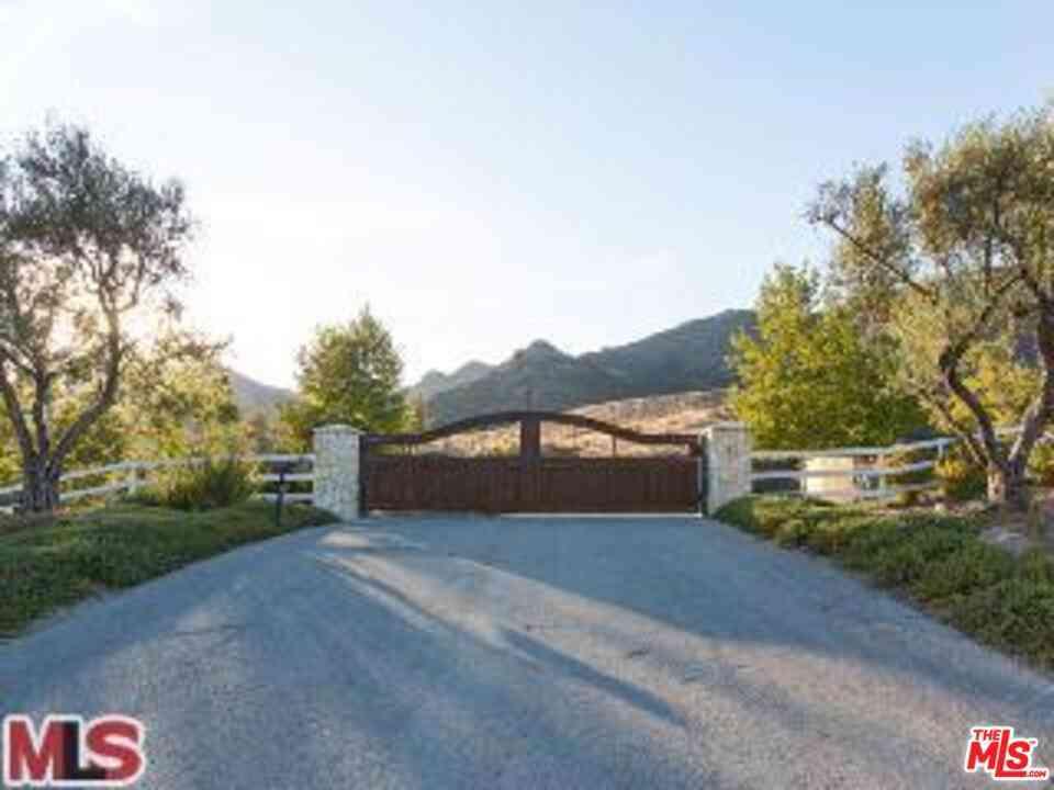 31675 Lobo Canyon, Agoura Hills, CA, 91301,