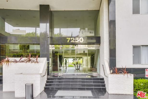 7250 FRANKLIN Avenue #206