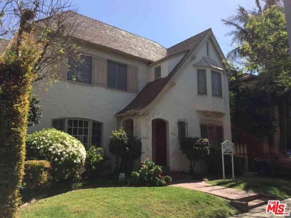256 S Reeves Drive, Beverly Hills, CA, 90212,