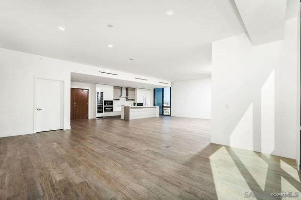 2604 5th Ave #701