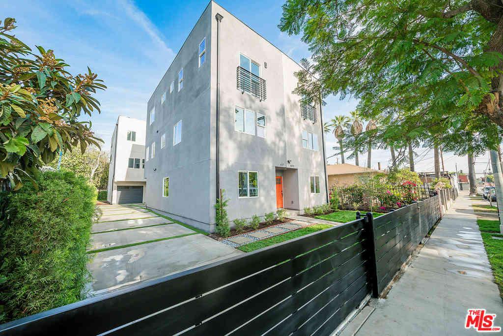 637 E 28Th Street, Los Angeles, CA, 90011,