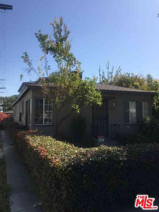 2117 Stewart Street, Santa Monica, CA, 90404,