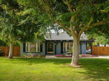 1170 East Mendocino Street, Altadena, CA, 91001,