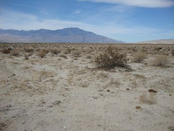 1 Shadow Mountain Lane, Thousand Palms, CA, 92276,
