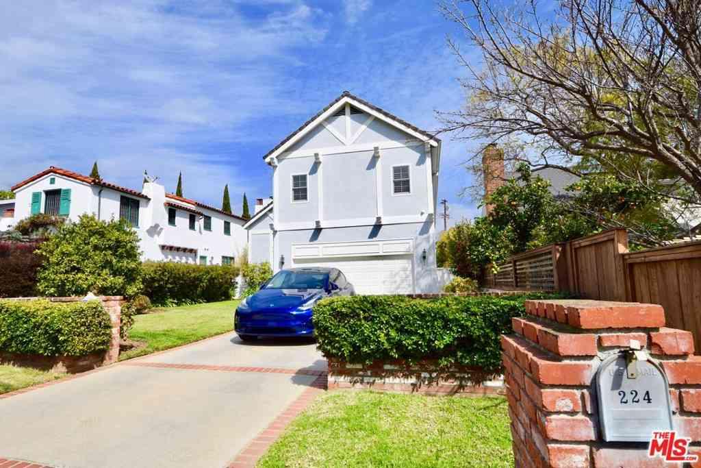 224 S Anita Avenue, Los Angeles, CA, 90049,