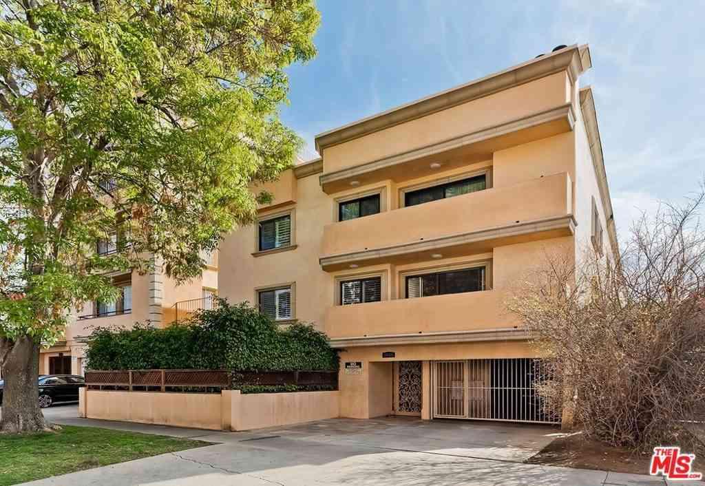 11816 Gorham Avenue #112, Los Angeles, CA, 90049,