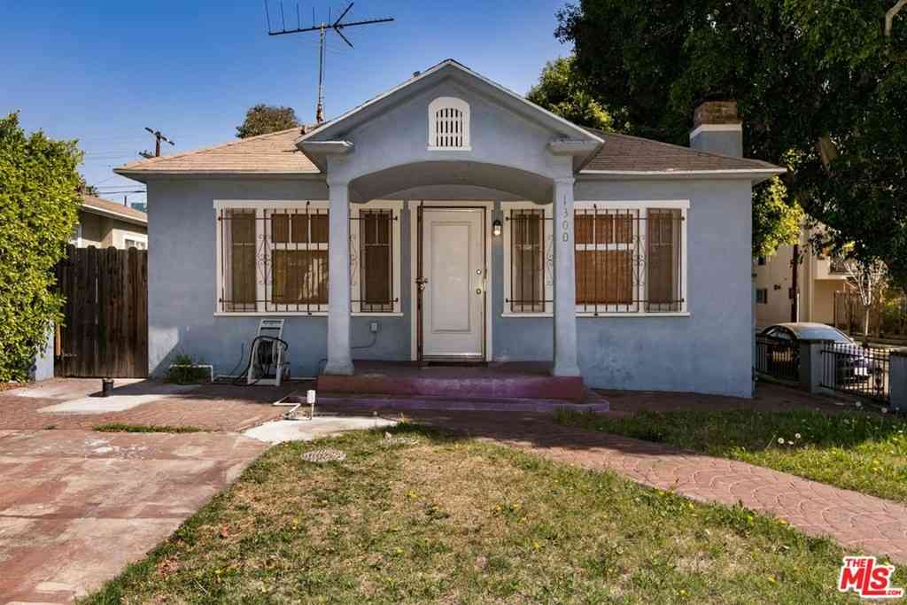 1300 N June Street, Los Angeles, CA, 90028,