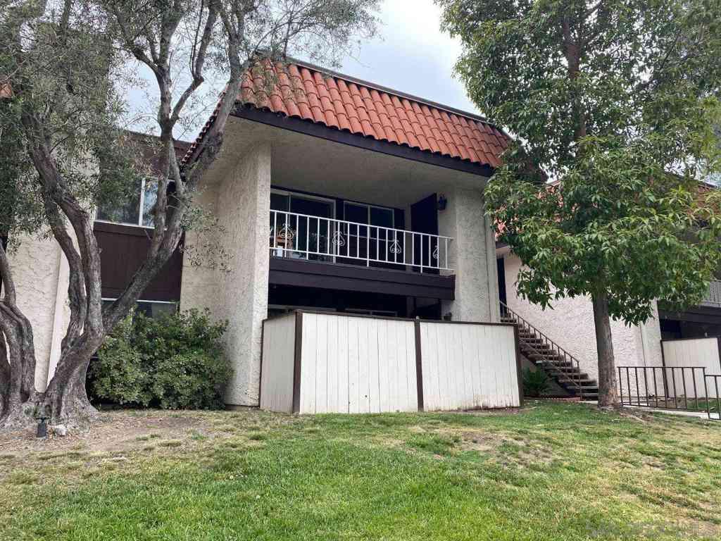 6878 Navajo Rd #6, San Diego, CA, 92119,