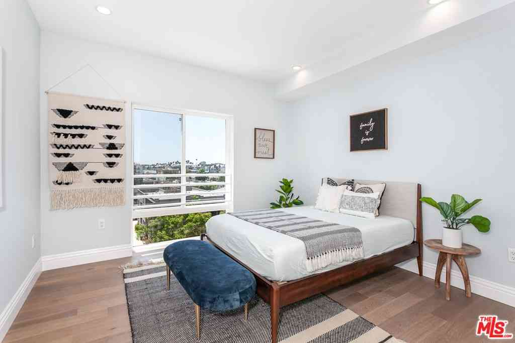 2939 Leeward Avenue #619, Los Angeles, CA, 90005,
