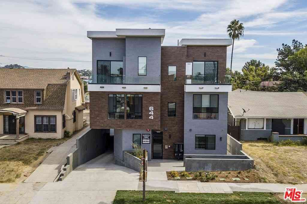 644 N Normandie Avenue #11, Los Angeles, CA, 90004,