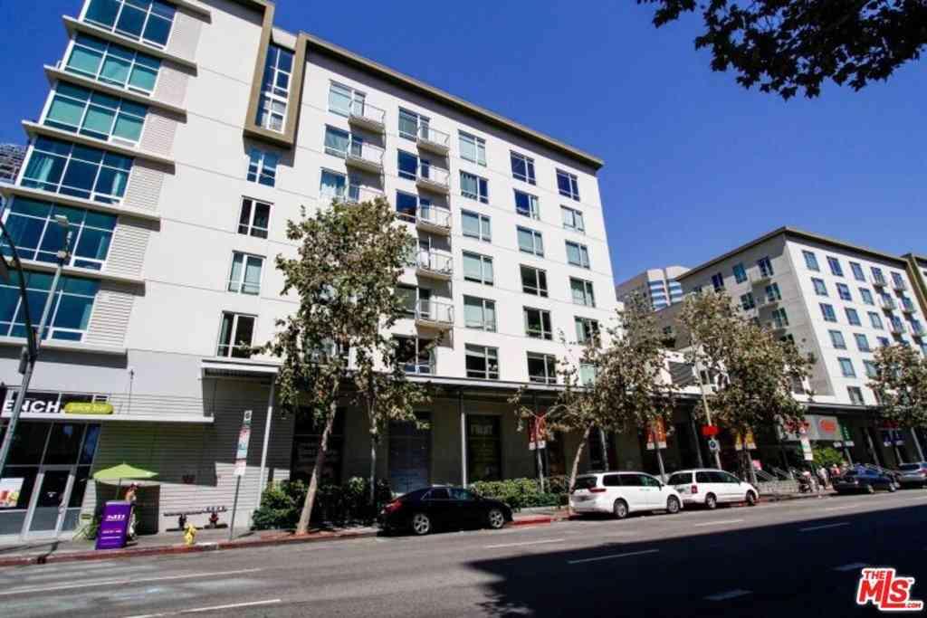 645 W 9Th Street #609, Los Angeles, CA, 90015,