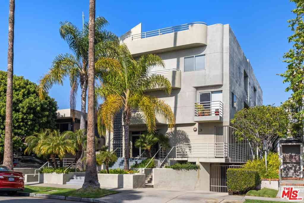 3622 Clarington Avenue #5, Los Angeles, CA, 90034,