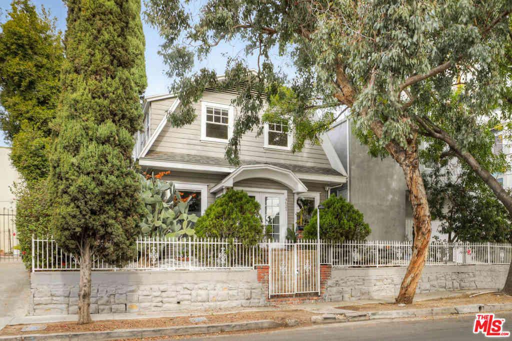 4621 Oakwood Avenue, Los Angeles, CA, 90004,
