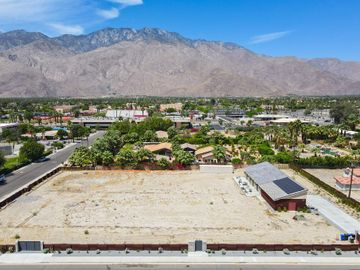 365 S Compadre Road, Palm Springs, CA, 92264,
