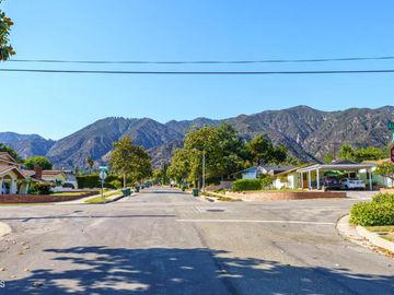 1210 Daveric Drive, Pasadena, CA, 91107,