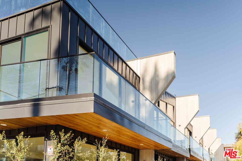 330 Rennie Avenue #4, Venice, CA, 90291,
