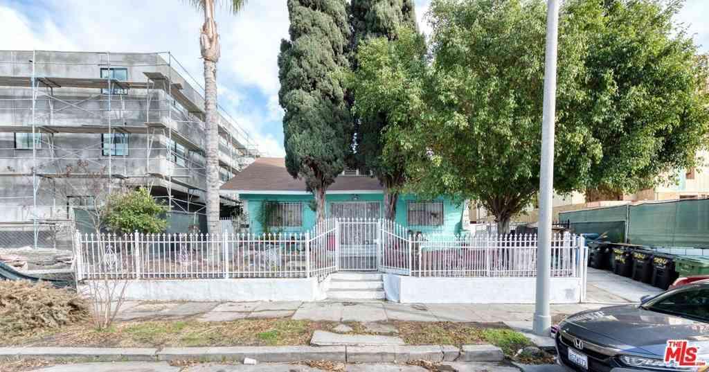 334 N Serrano Avenue, Los Angeles, CA, 90004,
