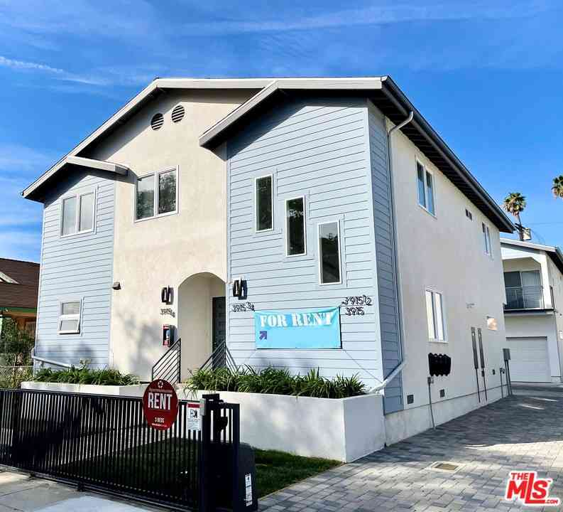 3915 Brighton Avenue, Los Angeles, CA, 90062,