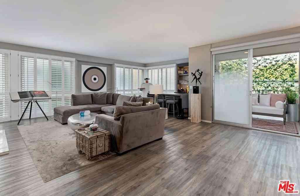 320 N Maple Drive #205, Beverly Hills, CA, 90210,
