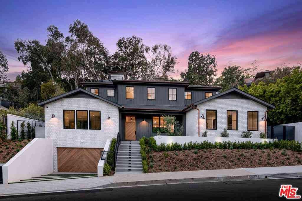 1371 Marinette Road, Pacific Palisades, CA, 90272,