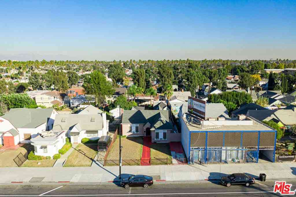 4822 Crenshaw Boulevard, Los Angeles, CA, 90043,