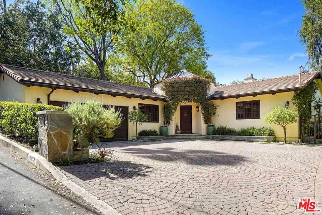 16853 Marmaduke Place, Encino, CA, 91436,