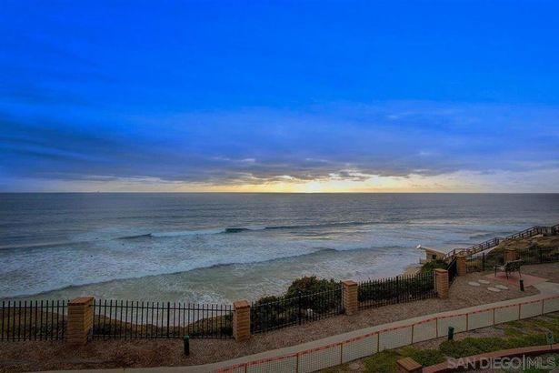 190 Del Mar Shores Ter #24