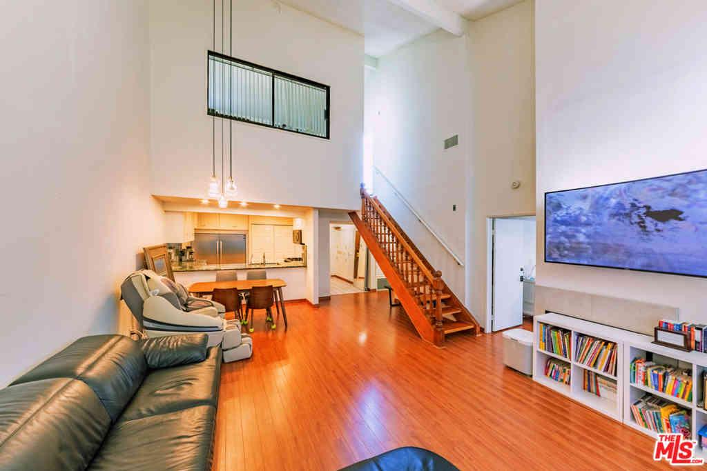 970 S Kingsley Drive #301, Los Angeles, CA, 90006,