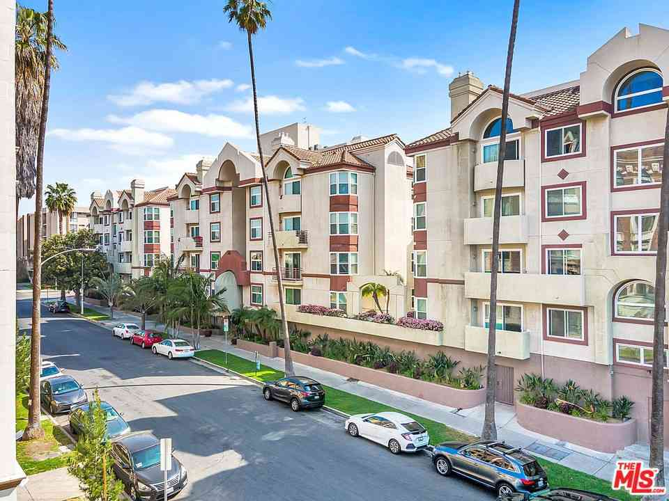 620 S Gramercy Place #329, Los Angeles, CA, 90005,