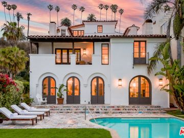 Swimming Pool, 1020 Palisades Beach Road, Santa Monica, CA, 90403,