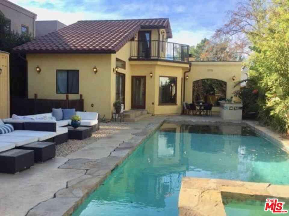 740 N Vista Street, Los Angeles, CA, 90046,