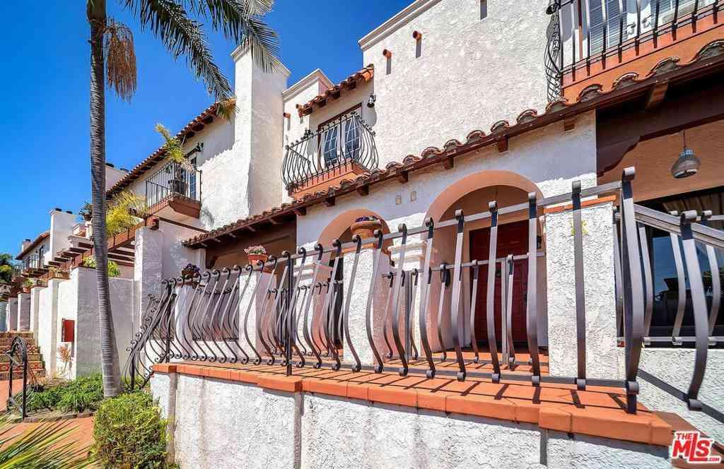 223 S Prospect Avenue #2, Redondo Beach, CA, 90277,