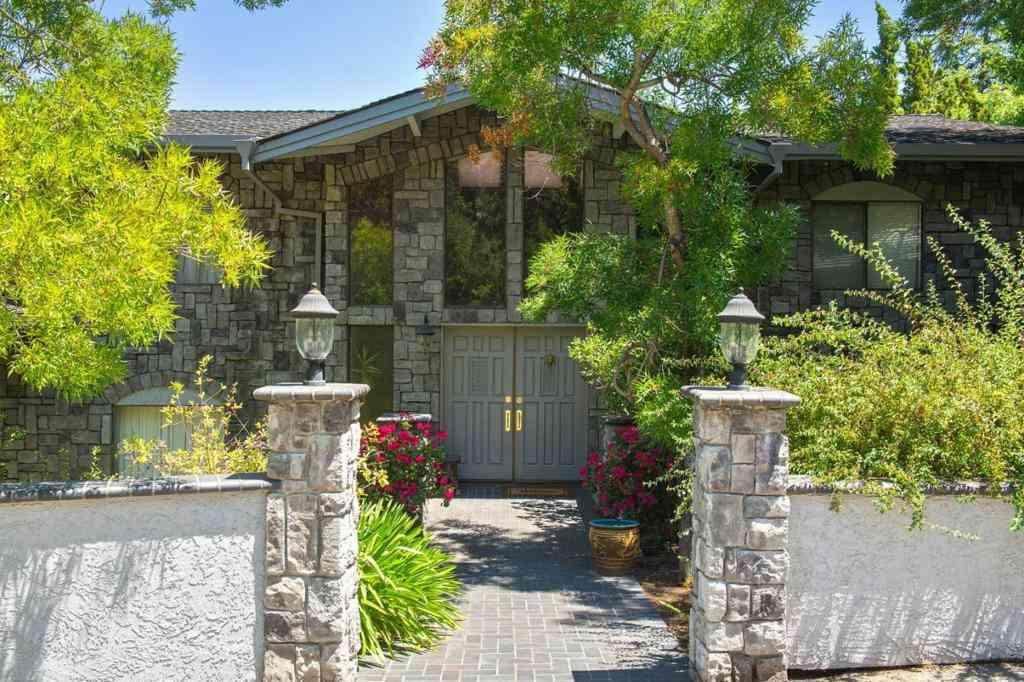 18112 Daves Avenue, Monte Sereno, CA, 95030,