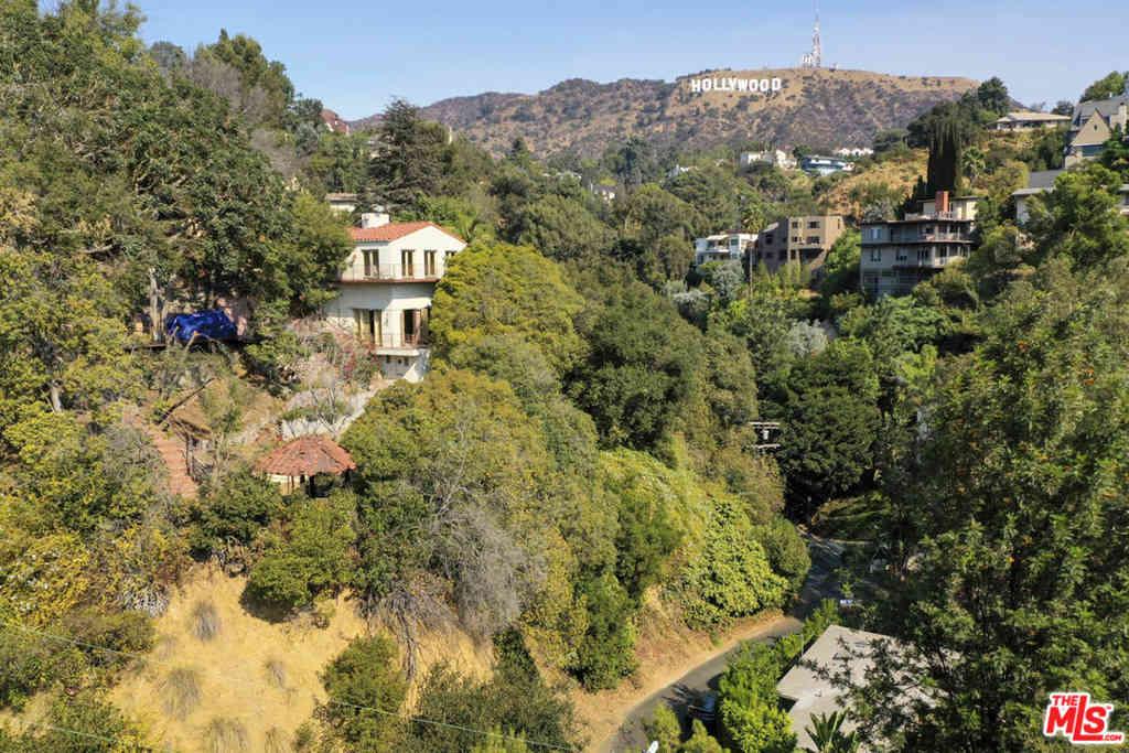 3015 Belden Drive, Los Angeles, CA, 90065,