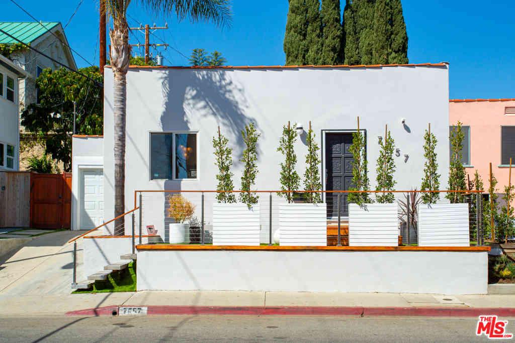 7557 Romaine Street, West Hollywood, CA, 90046,