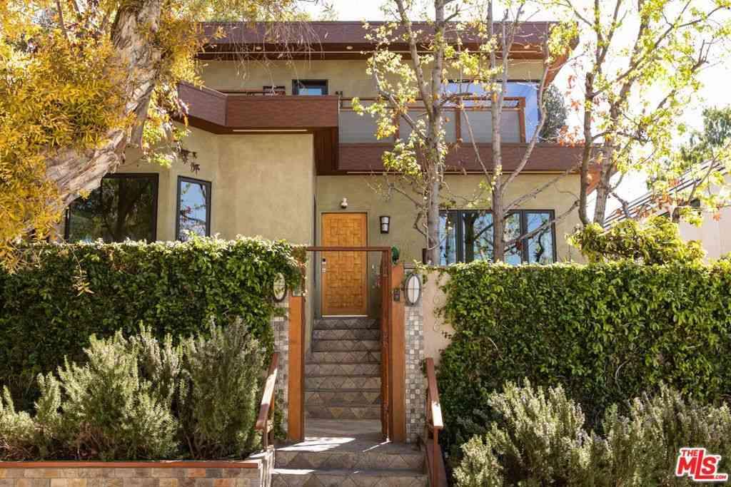 1636 Angelus Avenue, Los Angeles, CA, 90026,