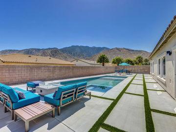 821 Summit Drive, Palm Springs, CA, 92262,