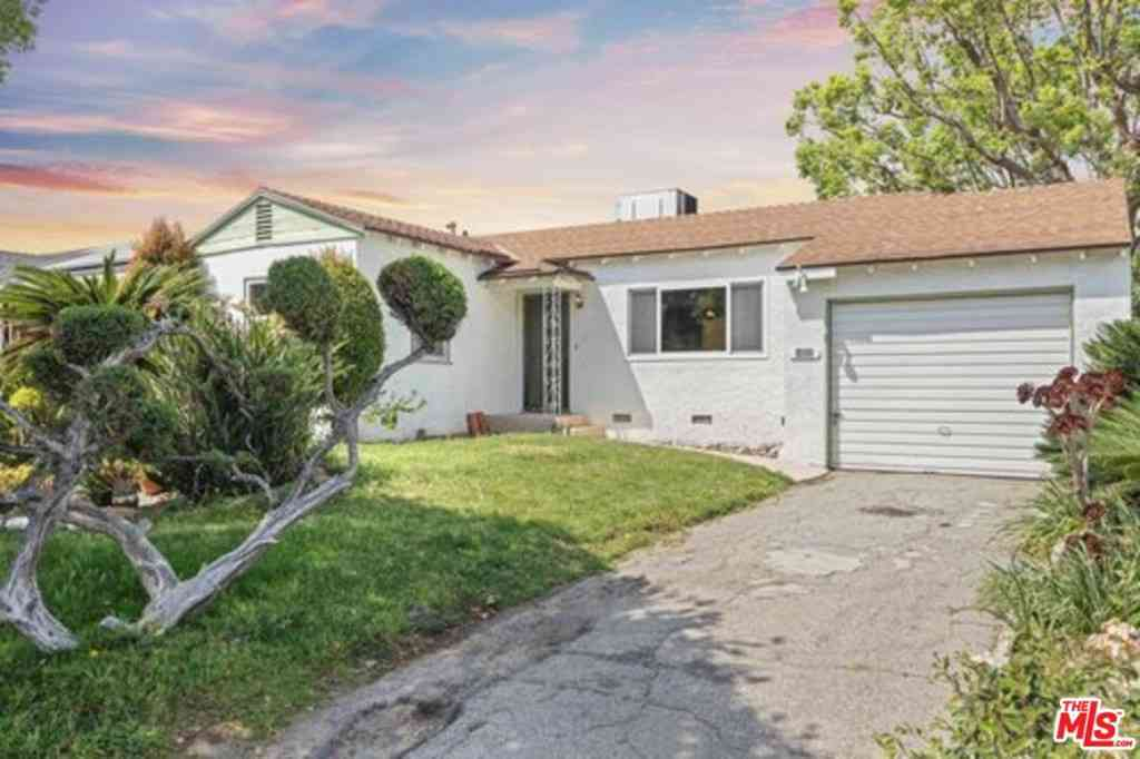 3211 W Jeffries Avenue, Burbank, CA, 91505,