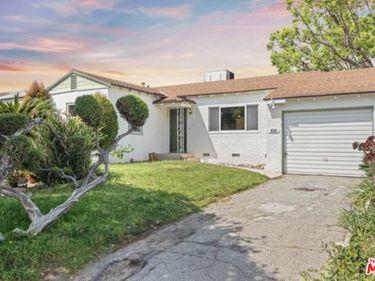 3211 W Jeffries Avenue, Burbank, CA, 91505,