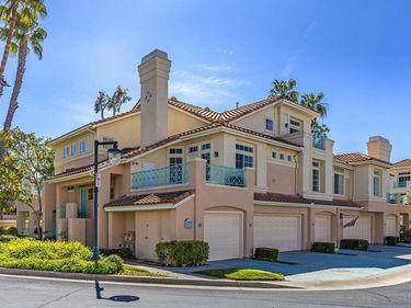 12696 Springbrook Dr #B, San Diego, CA, 92128,