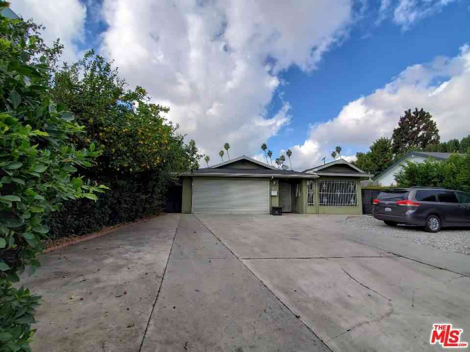 1263 Westchester Place, Los Angeles, CA, 90019,