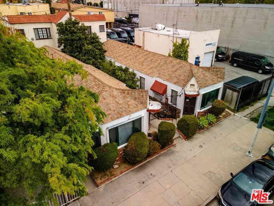 5817 Willoughby Avenue, Los Angeles, CA, 90038,
