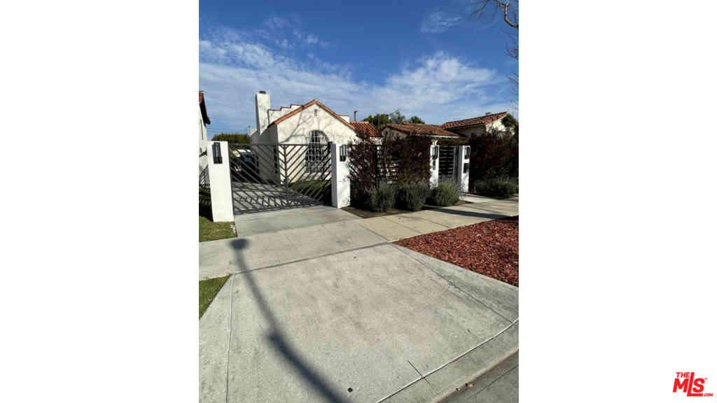 426 S La Peer Drive, Beverly Hills, CA, 90211,