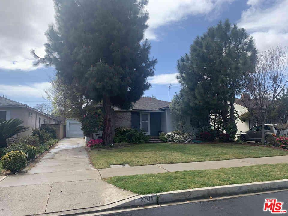 2701 Malcolm Avenue, Los Angeles, CA, 90064,