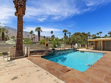 289 Cerritos Drive, Palm Springs, CA, 92262,