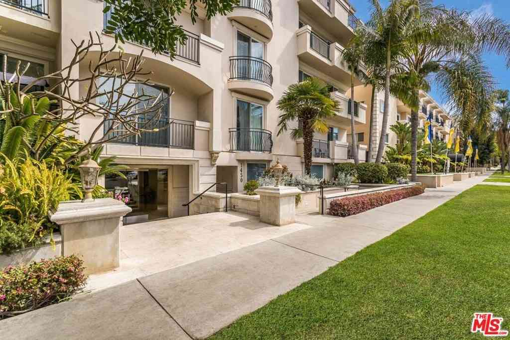 1450 S Beverly Drive #301, Los Angeles, CA, 90035,